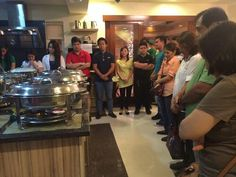 These are the alumni and the original cast of Goin' Bulilit with the staff and their friends praying for the food before dinner during the Christmas party and reunion of the original cast and alumni of Goin' Bulilit at Direk Edgar Mortiz's house in Quezon City last December 2014. Indeed, they're another of my favourite Kapamilyas, and they're amazing Star Magic talents. #SharleneSanPedro #MilesOcampo #JuliaMontes #GoinBulilit #GoinBulilitGraduates Child Actresses, Child Actors, Star Magic, Originals Cast, Quezon City, December 2014, Filipina, Abs, Singer