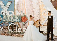 vintage las vegas neon boneyard wedding | wedding information sign | gaby j photography