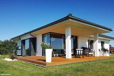 Dom w bodziszkach Contemporary House Plans, Modern House Design, Ceiling Design Living Room, Dream House Plans, Home Design Plans, Design Case, Home Renovation, Sweet Home, Interior Design