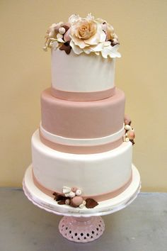love the alternating color and the flowers at the top