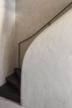 arjaan-de-feyter-office-interior-design-marble-walnut-antwerp-belgium
