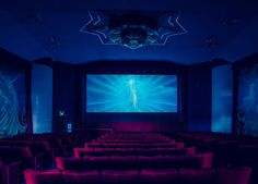 Photos of Movie Theaters Show the Former Grandeur of Cinema California Movie, Oakland California, Horror Wallpapers Hd, Grandes Photos, Most Beautiful, Beautiful Pictures, Theatre Shows, Hd Wallpaper Desktop, Home Cinemas