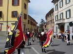 flag throwers tuscany