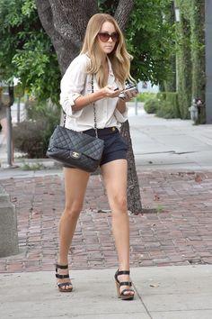 Lauren Conrad in black shorts & black sandals <3