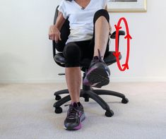 8 Exercises To Relieve Pain In Achy Knees - Fitness With Cindy Knee Arthritis Exercises, Knee Strengthening Exercises, Yoga Poses For Beginners, Workout For Beginners, How To Strengthen Knees, Senior Fitness, Fitness Tips, Fitness Motivation, Health Fitness