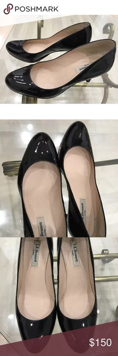 LK Bennett 'Sybila' black patent leather pump L.K. BENNETT   'Sybila'   Black Patent Platform Heels   Size 37 1/2   or 7 1/2 Medium   Made in Spain   Light wear and shiny! Perfect for office and many occasions ~ subtle platform makes walking easy LK Bennett Shoes Heels