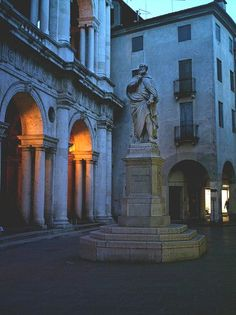Statue of the architect Palladio in Vicenza, Italy