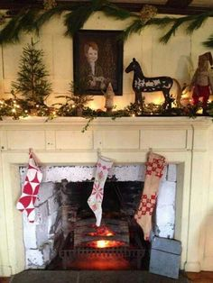 Love the mantle decorations