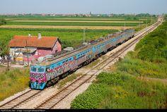 RailPictures.Net Photo: 412-073/074 ZS - Zeleznice Srbije ŽS 412 at Beograd, Serbia and Montenegro by MladjaSRB441