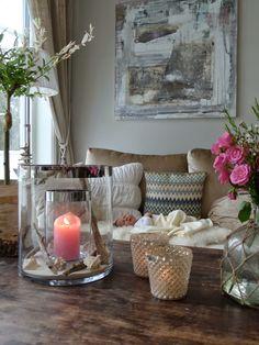 VILLA VON KROGH Rustic Interiors, Color Splash, Candle Holders, Villa, Romantic, Candles, Table Decorations, House Styles, Classic