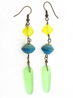 """#beadkit Create your own """"Sea Breeze"""" earrings with our kit which includes all beads, findings and components, plus detailed instructions with photos and diagrams. Your kit will arrive nicely packaged so it can be given as a gift! This is an intermediate level project."""