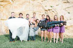 Cute wedding party photo idea | This Girl Nicole Photography