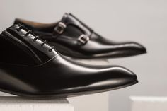 Black is always timeless.  Spring/Summer 2016. #oxfordshoes #monks #menshoes #leathershoes
