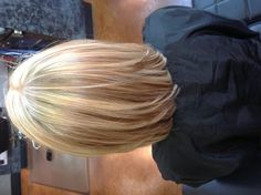 Blonde highlights are so pretty for the summertime!