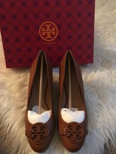 0c4ddd771639 Tory Burch Caroline 2 Wedge Tan Dark Maple Pumps Condition is Pre-owned.  Some scuffs on the back of the heels and on the wedge.