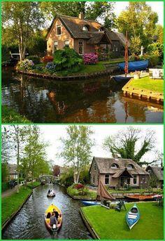 Giethoorn village, Overijssel, Netherlands  ~ Ngôi làng Giethoorn ở Hà Lan là một ngôi làng không có đường phố, không ô tô, việc di chuyển hầu hết là dùng thuyền. Nó còn được gọi là Venice của Hà Lan.~
