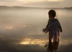 Fotógrafa russa registra seus filhos em contato com a natureza » B9