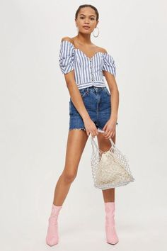Channel a retro-inspired look with our authentic mom shorts in a dark mid stone wash. In a high rise fit, we're styling them with a striped or detailed bardot top tucked in for a chic spring-friendly look. Short Image, Bardot Top, High Rise Shorts, Short Outfits, Who What Wear, Short Skirts, Denim Shorts, Topshop, Mom