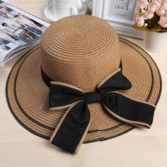 Foldable Straw Hat With Accent Bow - Hat For Women - Ideas of Hat For Women - Foldable Straw Hat With Accent Bow Spring Hats, Summer Hats, Winter Hats, Women Accessories, Fashion Accessories, Sun Hats For Women, Women Hats, Wearing A Hat, Bow Design