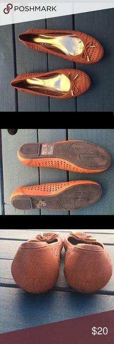 Ralph Lauren brown flats Only worn once size 6 brown flats Lauren Ralph Lauren Shoes Flats & Loafers