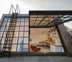 This stunning rooftop workspace in NYC's West Village - Architecture and Urban Living - Modern and Historical Buildings - City Planning - Travel Photography Destinations - Amazing Beautiful Places Rooftop Design, Rooftop Terrace, Rooftop Decor, Rooftop Lounge, Outdoor Decor, Attic Renovation, Attic Remodel, Attic Rooms, Attic Spaces