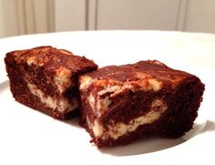 Sugar-free, gluten-free cream cheese brownies