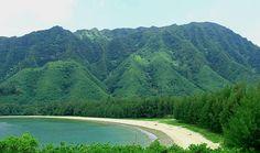 Kahana Bay   Oahu Hawaii