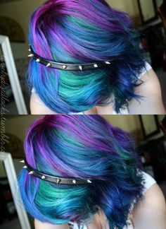 I want this hair emo hair, short rainbow hair, short dyed hair, peacock hai Short Rainbow Hair, Short Dyed Hair, Funky Hairstyles, Pretty Hairstyles, Hairstyle Ideas, Peacock Hair Color, Hair Colors, Hair Vanity, Pelo Multicolor