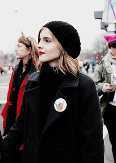 what an absolute babe ❤️ British Actresses, Actors & Actresses, Emma Watson Style, Emme Watson, Emma Love, Mode Style, Actress Photos, Beautiful Actresses, Girl Crushes
