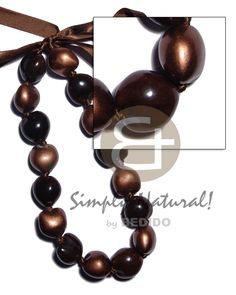 Cheapest Whoelsale Sea Shells Necklaces from Philippines. Largest selection of ocean sea shell necklace - Puka White rose MOP Paua Abalone Black Lip Brown Lip shell necklaces teens ladies unisex men's beach wear. Shell Jewelry, Shell Necklaces, Stone Jewelry, Seashell Necklace, Wood Necklace, Moda Natural, Collar Tribal, Brown Lip, Black Lips