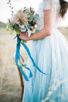 26 Inspirasi Gaun Pengantin Serenity Blue