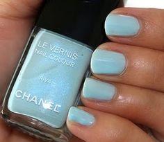 Chanel nail polish in Riva. My all time fav polish EVER! Dior Nail Glow, Dior Nails, Chanel Nail Polish, Chanel Nails, Blue Nail Polish, Makeup And Beauty Blog, Beauty Nails, Beauty Products, Fashion Beauty