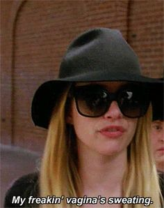 Emma Roberts as Madison Montgomery: Coven Emma Roberts Ahs, Coven Fashion, Madison Montgomery, Chanel Oberlin, American Horror Story Coven, Scream Queens, Evan Peters, Film Serie, Spooky 2