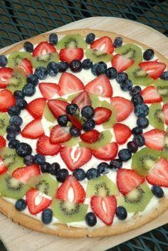 Easy Fruit Pizza Recipe at MissHomemade.com