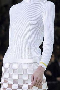 Glamorous White #White #Fashion #Couture #HauteCouture #CoutureDresses #WhiteDresses #Dresse #WhiteGowns #Gowns #WhiteFabrics #WhiteTextiles #WhiteFashionFabrics #TelasBlancas #TelasdeAltaModaenBlanco #VestidosBlancos #ModaenBlanco #RexFabrics #bags #fashion