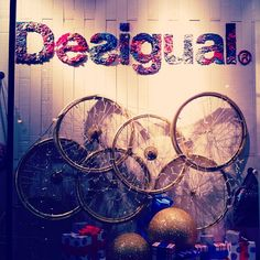 Let's instagram the Desigual World! Thanks for sharing ;) #lavidaeschula