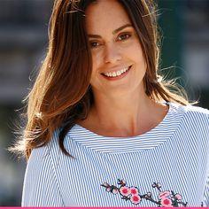 Nydelig tunika med blå striper og blomsterbrodering fra KLiNGEL Tops, Women, Fashion, Tunics, Moda, Women's, Fashion Styles, Woman, Fasion