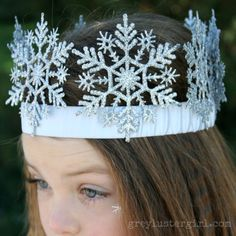 DIY Snowflake Crown. My daughter would have loved this... would probably still wear it at 19. Also check out my Frozen theme tutus and party favors. www.partiesandfun.etsy.com