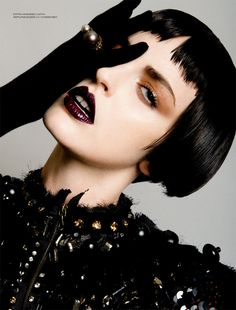 Dark Makeup. What do you think?