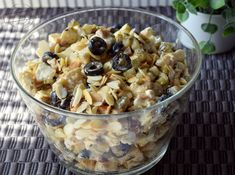"Sałatka ""pod wódeczkę"";) – Smaki na talerzu Oatmeal, Salads, Food And Drink, Breakfast, Magnolia, The Oatmeal, Morning Coffee, Rolled Oats, Magnolias"