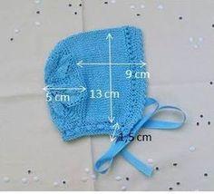 GORRITO DE HILO COLOR CELESTE TALLA 3 MESES Material Hilo celeste nº 5 agujas de punto nº2,5 agujas de crochet nº 1,5...