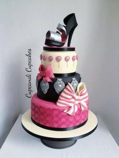 Baroque bow shoe cake - by PBcupcandi @ CakesDecor.com - cake decorating website
