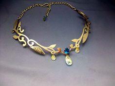 Google Image Result for http://www.medievalbridalfashions.com/catalog/images/Lady-of-Woods-necklace.JPG