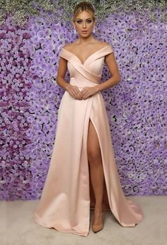 Sale Outstanding Short Party Dress 2018 Blush Pink Satin Prom Dresses With Split Off The Shoulder Long Prom Gowns For Party Long Prom Gowns, Strapless Dress Formal, Evening Dresses, Homecoming Dresses, Bridesmaid Dresses, Formal Dresses, Short Prom, Elegant Evening Gowns, Pagent Dresses