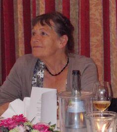 """Kollegen im Fokus: Das Interview mit Doris Styron, der Übersetzerin des Psychothrillers """"Eiszeit"""" http://www.krimi-tick.de/2014/12/25/kollegen-im-fokus-das-interview-mit-doris-styron-der-uebersetzerin-des-psychothrillers-eiszeit/"""