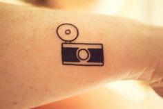 55-classic-vintage-camera-tattoos--large-msg-137616522196