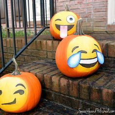 These awesome emoji pumpkins are ready for Halloween!