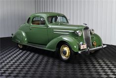 1936 Chevrolet Master Deluxe Coupe Car Chevrolet, Chevrolet Impala, Chevy, Vintage Cars, Antique Cars, Bus Engine, American Stock, Auto Retro, Mode Of Transport