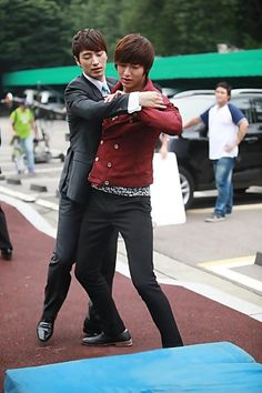 Lee Min Ho in City Hunter (though I'm actually reposting this for Young Joo ^_^ )