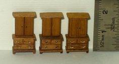 ••  Francesca Vernuccio Miniatures:  MUEBLES PARA ESCALA 144.  wood chest 4,5,6